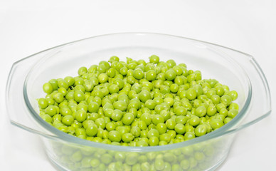 Green peas in the bowl