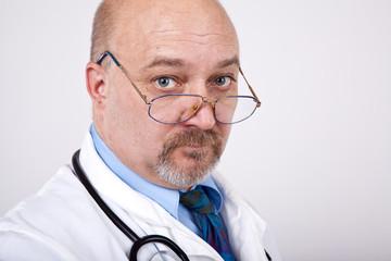 Doktor sucht Diagnose