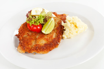 schnitzel with potatoes
