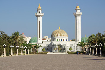Poster de jardin Tunisie Mausoleum of Bourguiba in Tunisia in Africa
