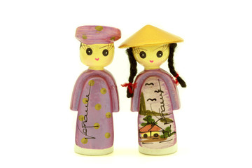Vietnamese Couple Dolls