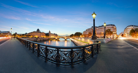 Photo sur Plexiglas Paris Paris, Conciergerie