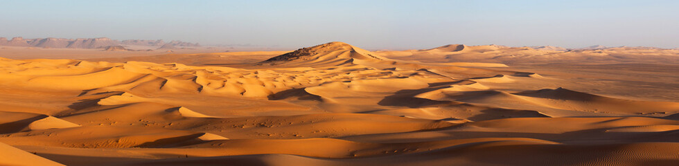 Foto op Canvas Algerije Sunset in the Sahara desert