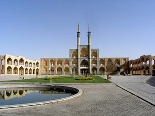 Travel Iran: Hosseineh in the centre of Yazd