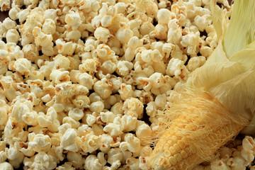 Pop corn and sweet corn