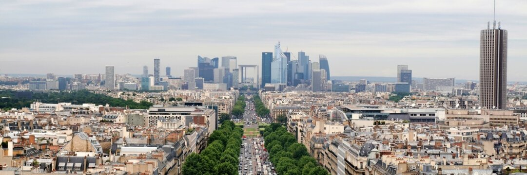 View of new Paris city - La Defense