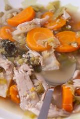 gemüse - hühner - suppe