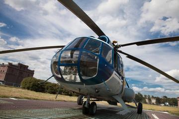 Wall Murals Helicopter Russischer Hubschrauber Mi 8 - Rundflug