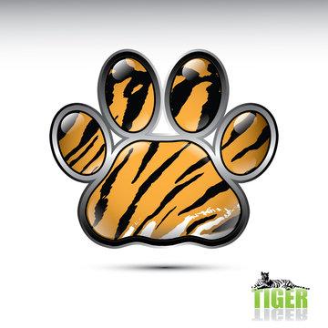 Tiger paw button
