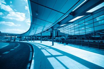 Fotobehang Luchthaven modern airport terminal in shanghai