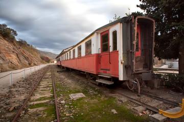 Velha carruagem de comboio
