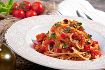 Wall Mural - Spaghetti with tomato sauce  and vegetable