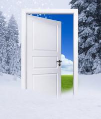Tür zwischen Winter und Sommer