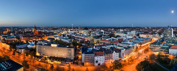 Panorama Hannover zur blauen Stunde Wall mural