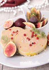 slice of foie gras and fig