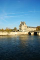 Vista della Senna e del Louvre, Parigi, Francia