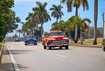Photo sur Aluminium Voitures de Cuba American classic cars in Havana.