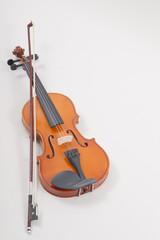 Geige liegend