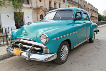Printed kitchen splashbacks Cars from Cuba Classic blue Plymouth in Havana. Cuba.