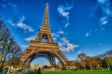 La Tour Eiffel - Beautiful winter day in Paris, Eiffel Tower fro