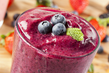 Fotobehang Milkshake Fresh Organic Blueberry Smoothie