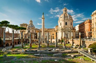 Printed kitchen splashbacks Ruins Trajan's Column in the forum of Trajan in Rome, Italy