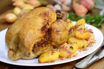 Grillhähnchen mit Bratkartoffeln
