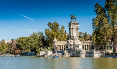 Parque del buen retiro à Madrid en Castille, Espagne