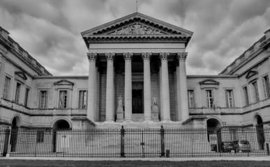 Montpellier Palais de justice Noir et blanc
