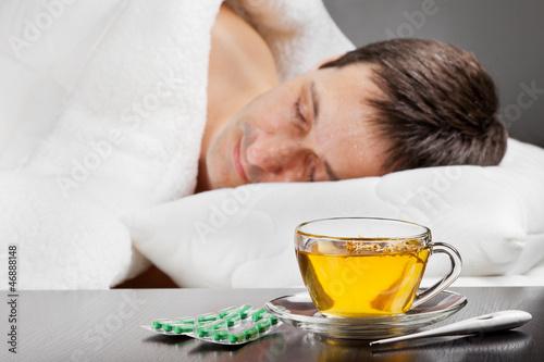 Горячий чай при температуре 37