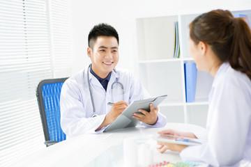 Communicating doctors