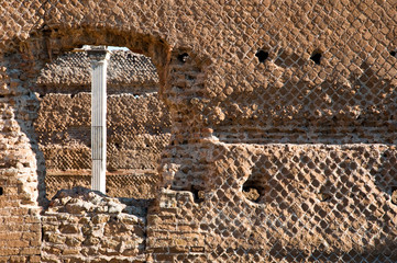 Fototapete - Ancient roman bricks walls and window at Villa Adriana