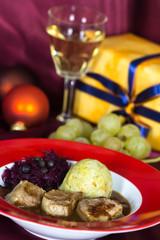 Medaillons (Filet) mit Sosse, Festessen