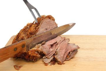 Carving roast beef