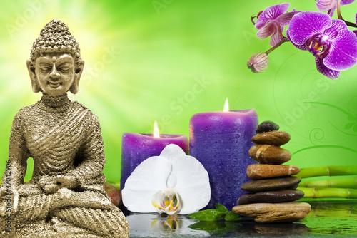 buddha mi orchidee violett mit bambus und kerzen und steinen stockfotos und lizenzfreie bilder. Black Bedroom Furniture Sets. Home Design Ideas