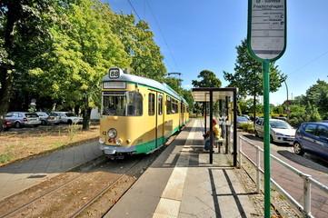 SRS-Strassenbahn,
