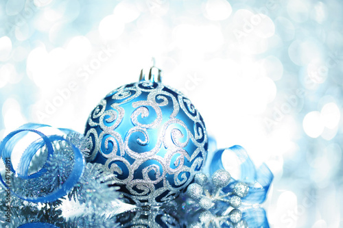 blue christmas decorations with bright lights - Blue Christmas Decorations