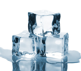 Three ice cubes with reflection