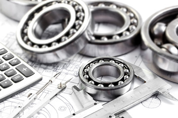 technical drawing and pinion with bearings