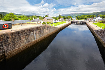 Poster Channel Caledonian Canal at Fort Augustus , Scotland