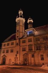 Rathaus von Eisenberg im Winter