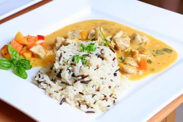Hühnchen mit Reis