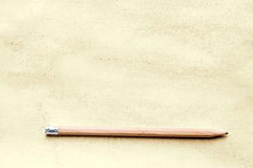 Blatt Papier mit Bleistift