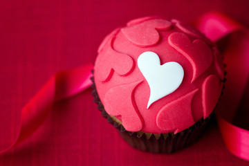 Wall Mural - Valentine cupcake
