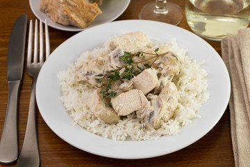 chicken with champignons, sceams and boiled rice