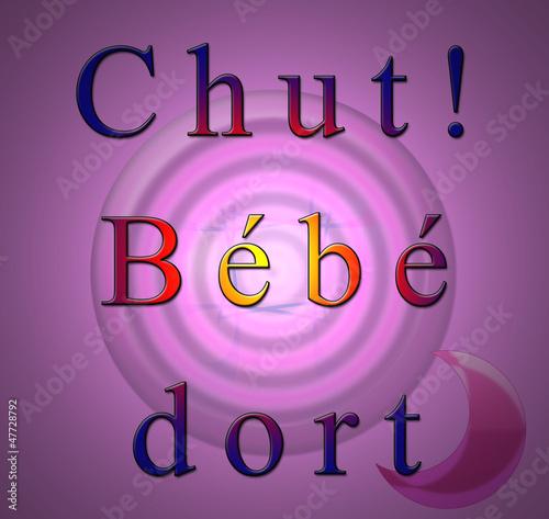 Chut b b fille dort photo libre de droits sur la for Chut bebe dort pancarte