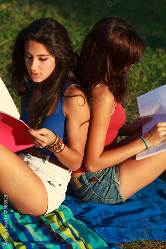 girls Beautiful college