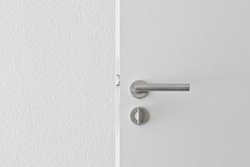 offene Tür Türgriff