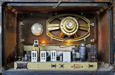 inside of old vintage radio