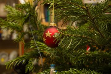 christmas tree spheres